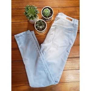 LEI Lightwash Jegging Jeans